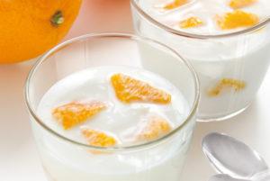 週末限定「オレンジの果実入りヨーグルト」販売開始のお知らせ!